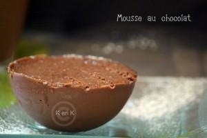 Recette de la mousse au chocolat dans une coque au chocolat