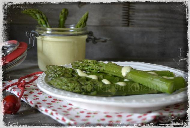 Recette des asperges sauce blanche une entrée pour le week-end de Pâques