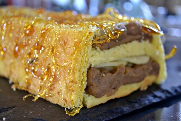 Buche poires marrons fil de caramel kaderick en kuizinn for Buche de noel chocolat marron