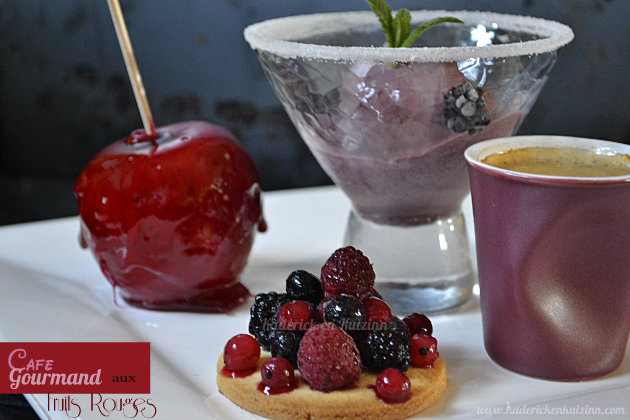 Cafe gourmand fruits rouges pour culino versions kaderick - Assiette rectangulaire pour cafe gourmand ...